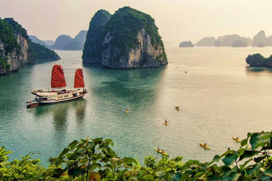 halong cruise vietnam