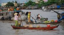 tour 6 - day 4 - floating market