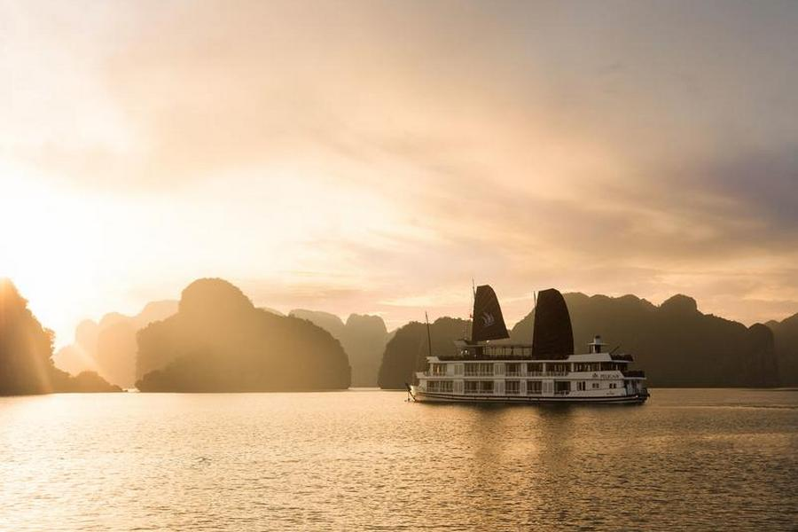 Glory Legend Cruises Halong Bay Vietnam