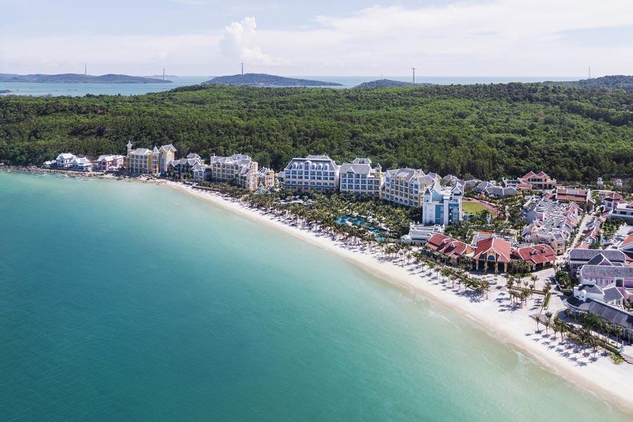 top 10 beautiful beaches in vietnam